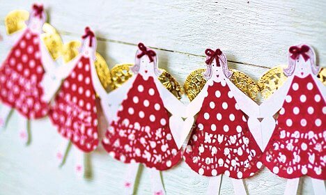 make your christmas decoration popular - Christmas Chain Decorations