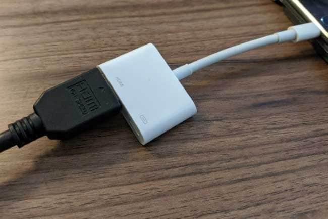 connect the lightning digital av adapter