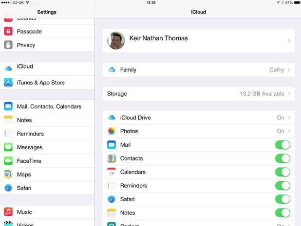 How to Link iPhone to iPad