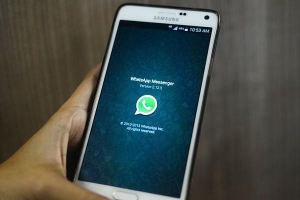 Kik vs whatsapp